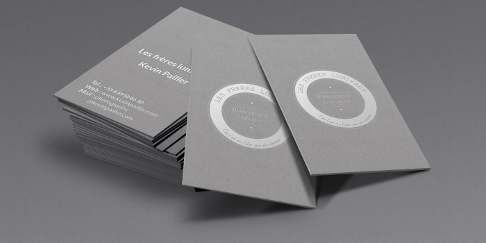 silver-business-card-mockup